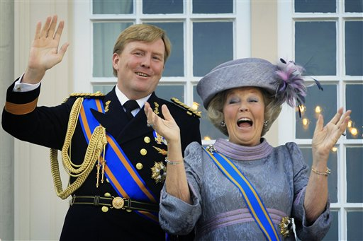 Queen Bea and Prince Willem...looking awesome. click for source.